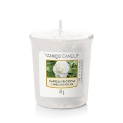 CAMELLIA BLOSSOM Votive - Yankee Candle